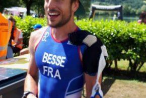 Un triathlète qui veut courir plus vite : il a raison d'être venu parmi nous, bienvenue au BAC
